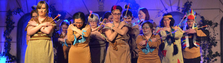 Kooperation Gruppe Auftritt als Indianer (Tanz)